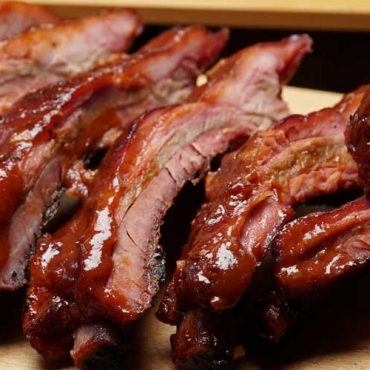 Barbecue Baby Back Ribs with Quice Barbecue Sauce