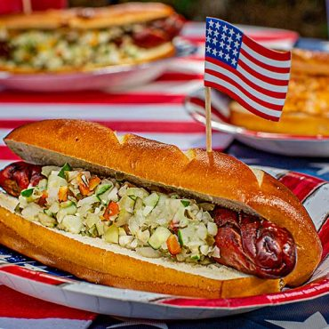 Hotdog with Fresh Relish